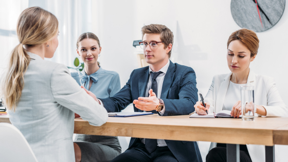 Unconscious bias in hiring: 4 tips to reduce the impact